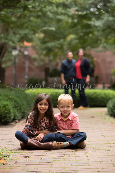 Family Session At Carlyle House