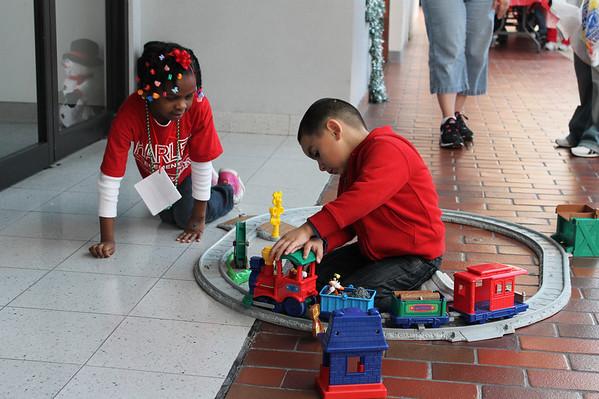 Christmas Extravaganza 12/12/2011