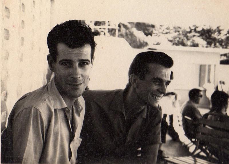 Almeida Moreira, Fernando Figueiredo 70-Andrada - Piscina numa manhã de Domingo