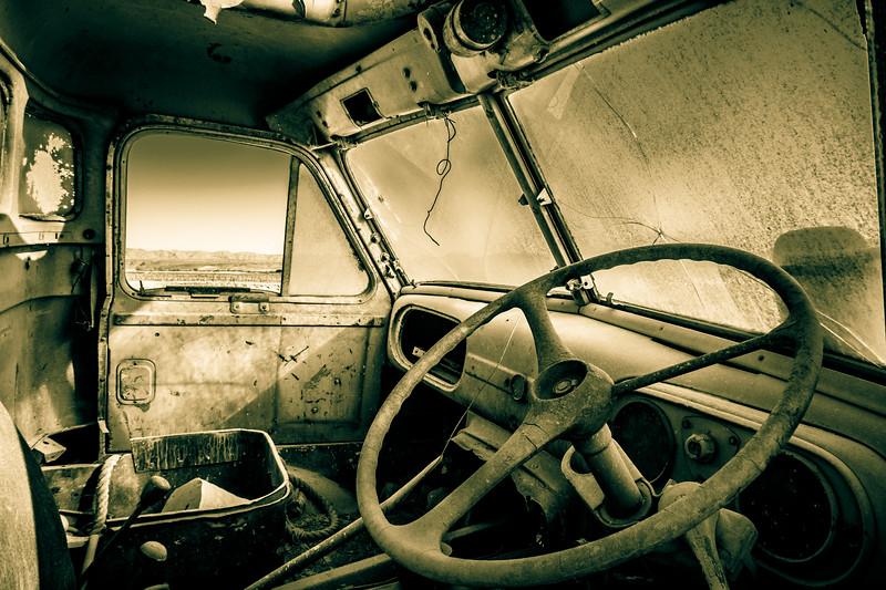 Abandoned truck around Orange River.