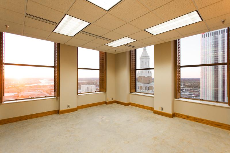 Suite 2500-2.jpg
