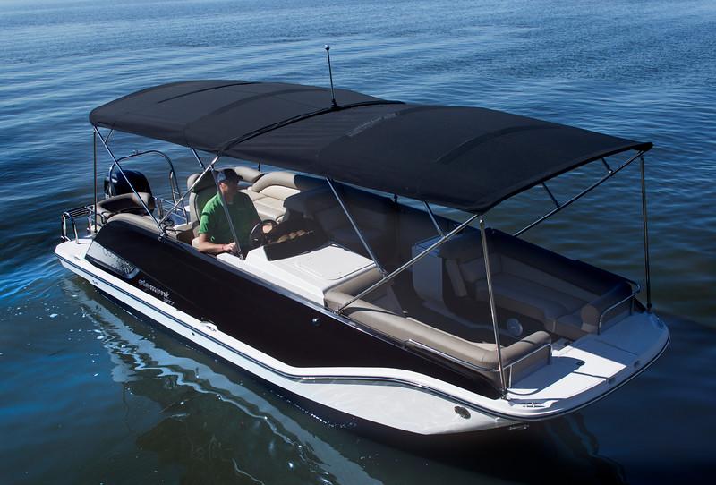 Element XR7 - Bayliner Boats