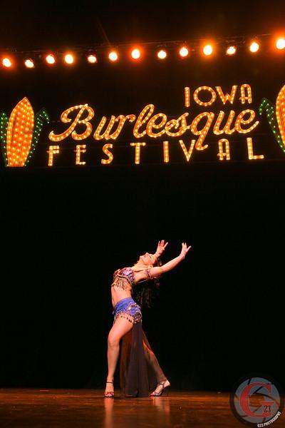 burlesque day2 edits (242 of 123).jpg