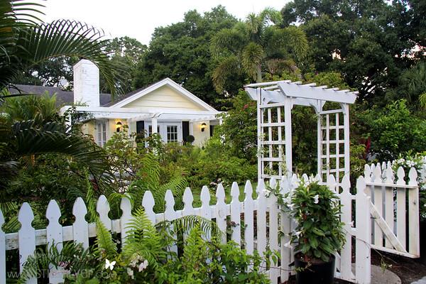 1727 Prospect St Sarasota FL