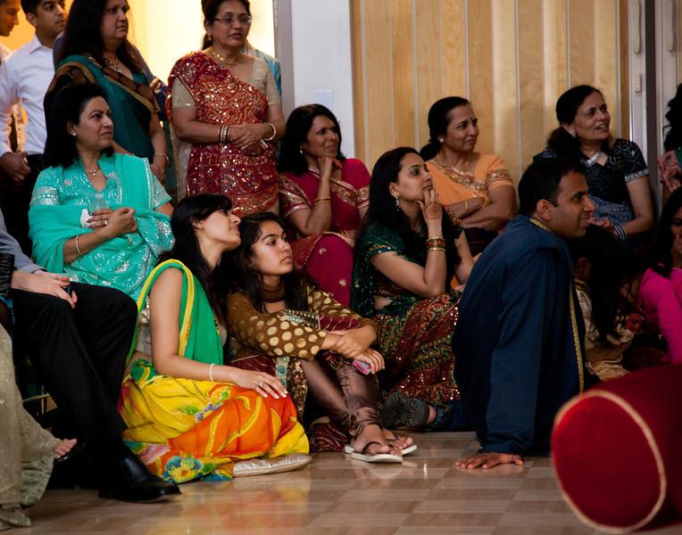 Rachna_Roshan_Sangeet-104.jpg