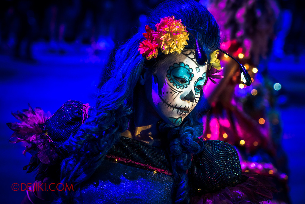 Halloween Horror Nights 6 Final Weekend - March of the Dead / Floating