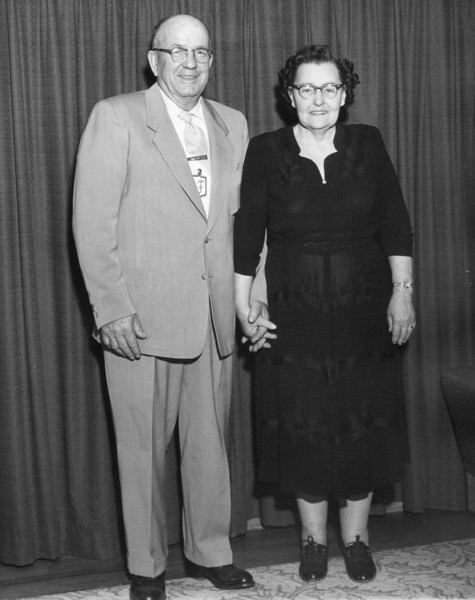 Fannie & Finis Moore