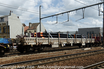 R Coded (68) (Ordinary flat wagon with bogies)