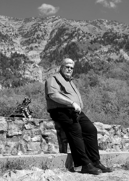 9/25/07 – Rick and I went up to Squaw Peak to shoot some photos and take our lunch break. I was playing with the settings on my camera and set it for B&W and shot this image. With no color the emphasis was on Rick. I like the casual portrait feel of this image.