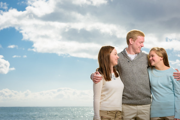 Eric, Lisa and Kids (Family Portrait Photography) @ Capitola, California
