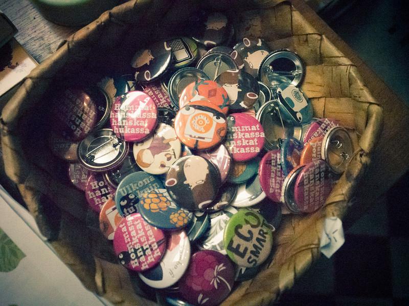 porvoo buttons.jpg