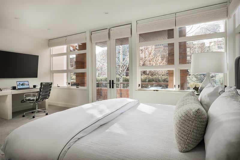 Aspen-Hyman-Master_Bedroom.jpg