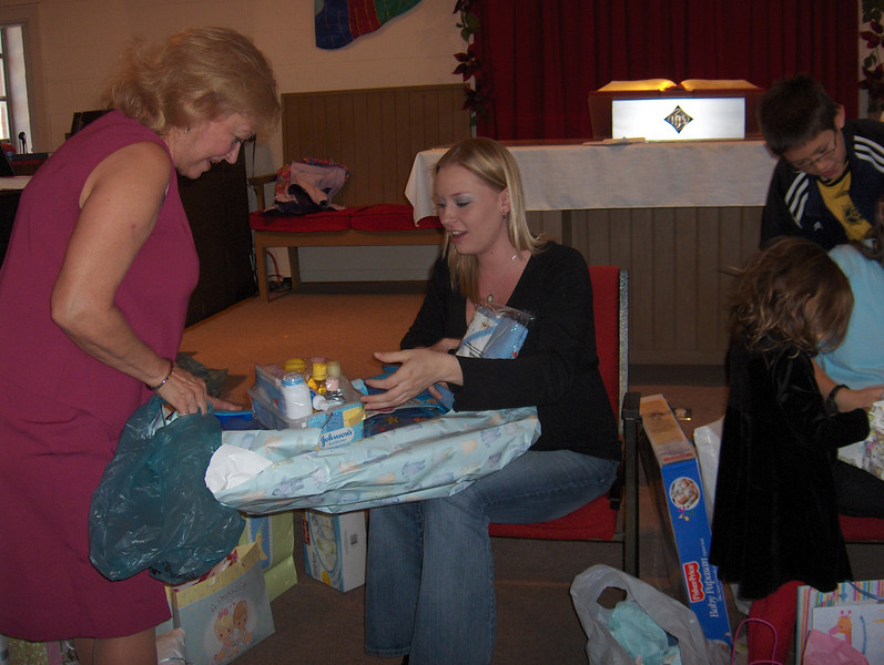 Pk St CC Baby Showers 2006 Nov 019.jpg