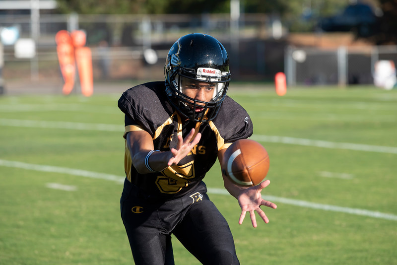 20191010 RJR JV Football vs Davie 011Ed.jpg