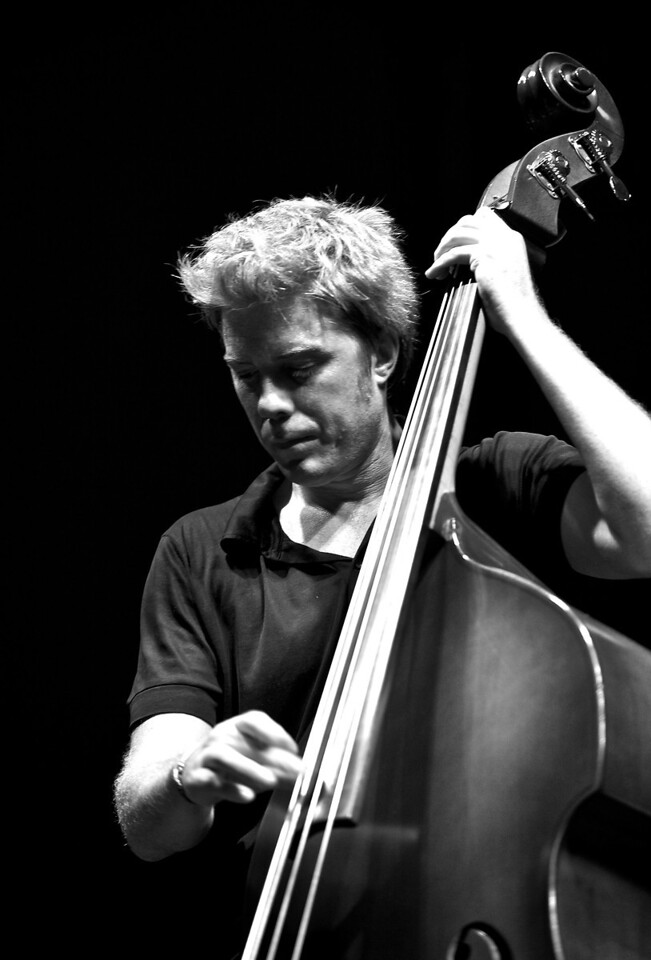 Kyle Eastwood at Jazz à Juan 2010 18<br /> Kyle Eastwood in concert at Jazz à Juan 2010