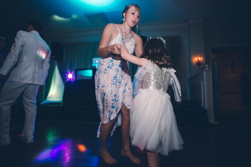 Philadelphia Wedding Photographer - Bernreuther-748.jpg