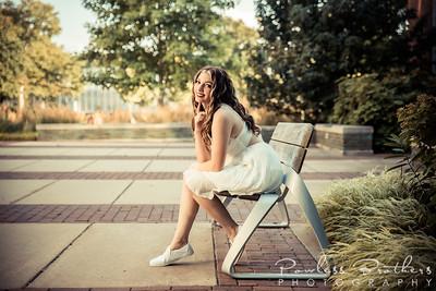Kristen Putman Senior Portraits 2021