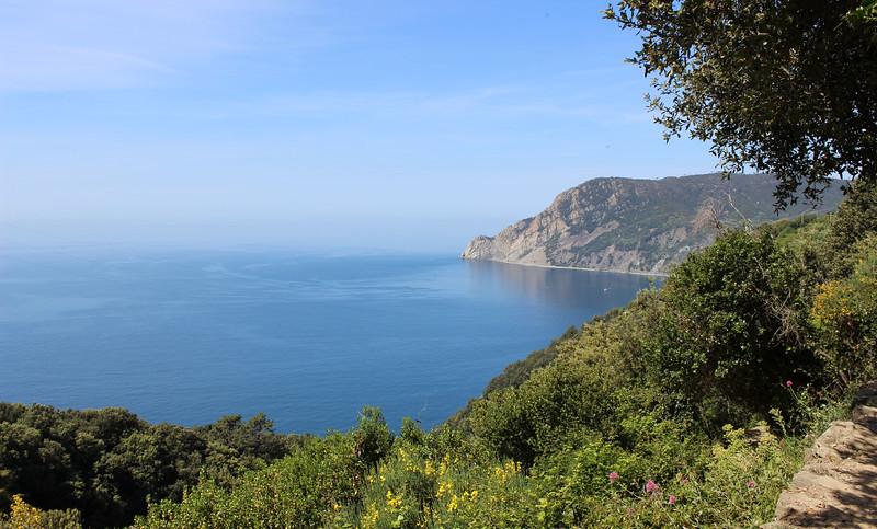 Italy-Cinque-Terre-Hiking-Blue-Path-Trail-15.JPG