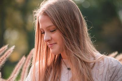Senior Portraits - Emily Friday