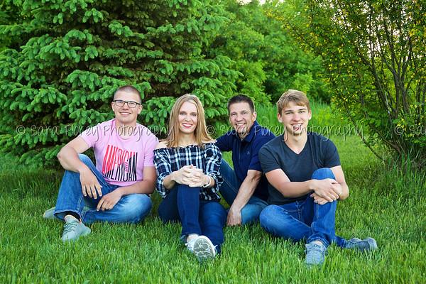 Lauseng Family