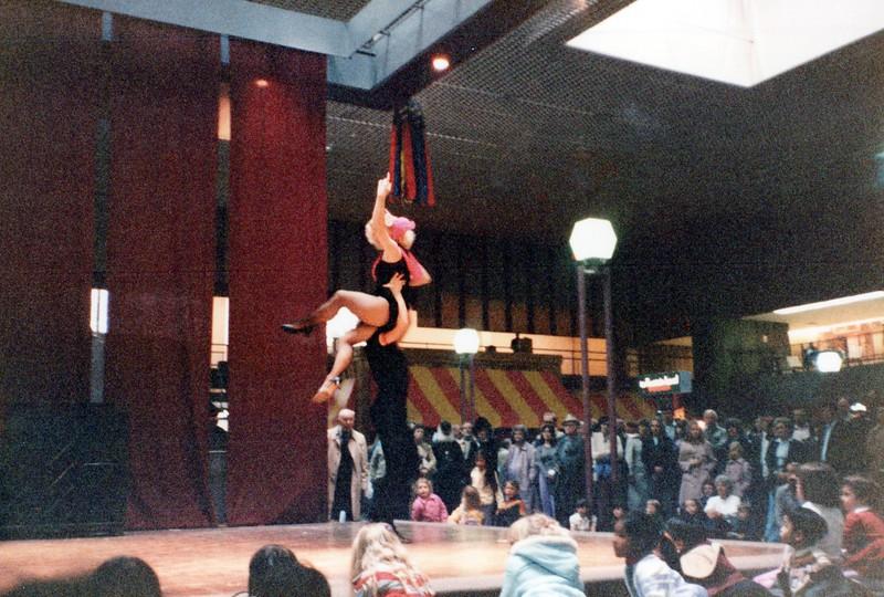 Dance_2243_a.jpg