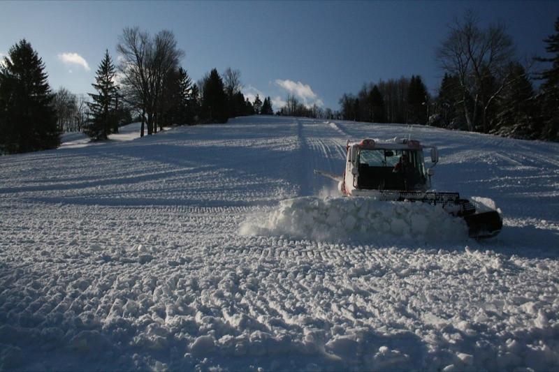 SnowTrailsOpeningDay12_11_09_010.jpg