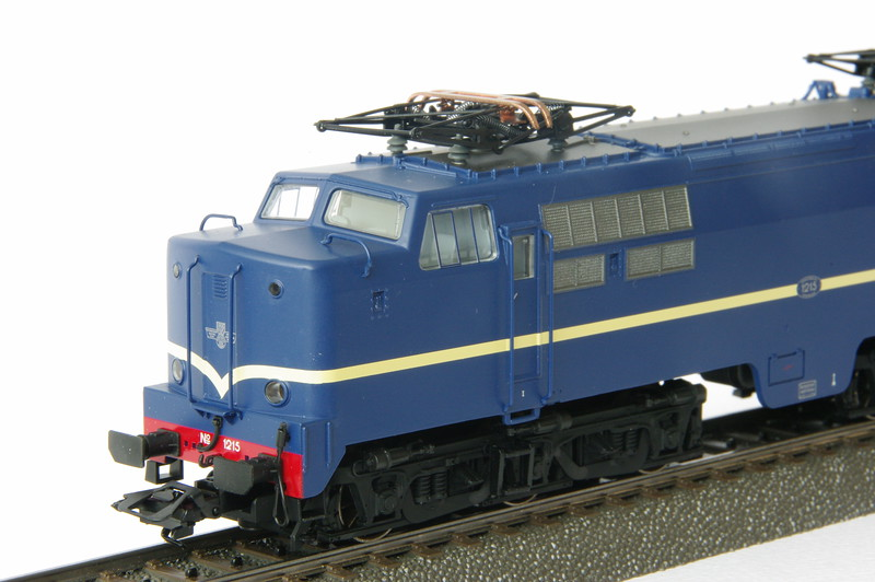37121 NS 1215 3.JPG