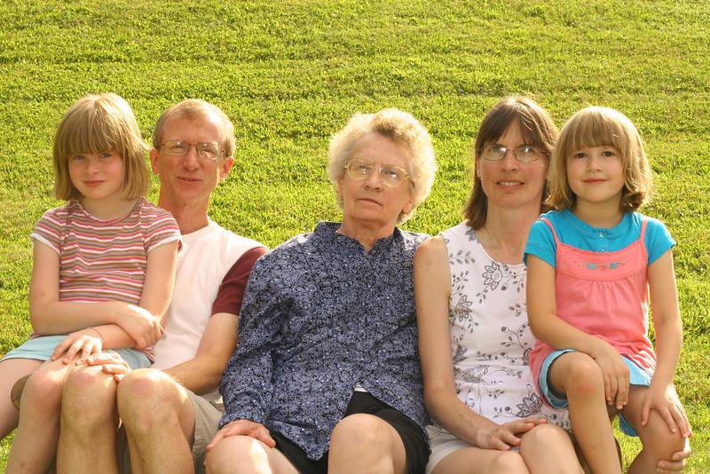 Rossi Family (5).JPG