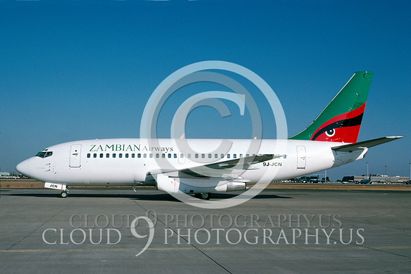 Zambian Airline Boeing 737 Airliner Pictures