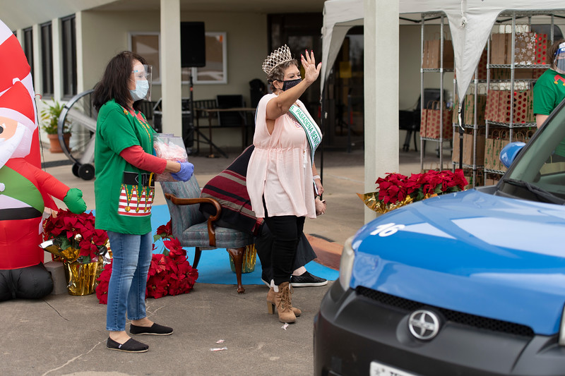 2020_Christmas Drive-Thru_028.jpg