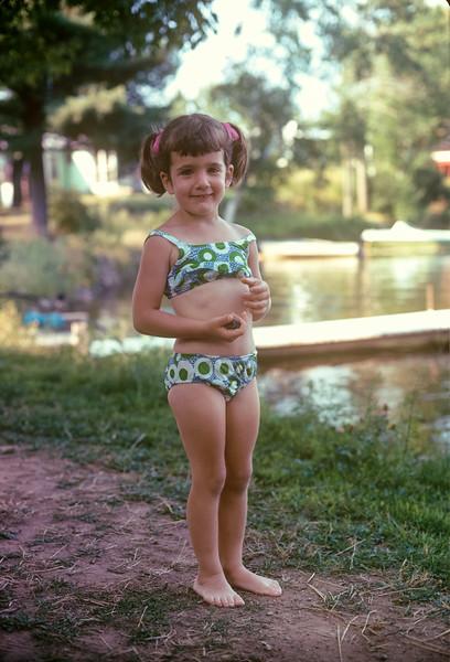 1973_08 Bonnie in Wisconsin.jpg