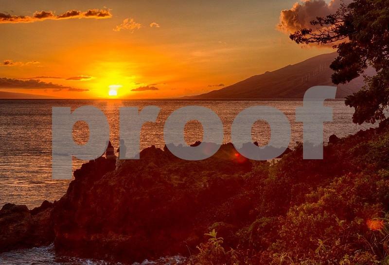 Maui sunset 9620_HDR.jpg