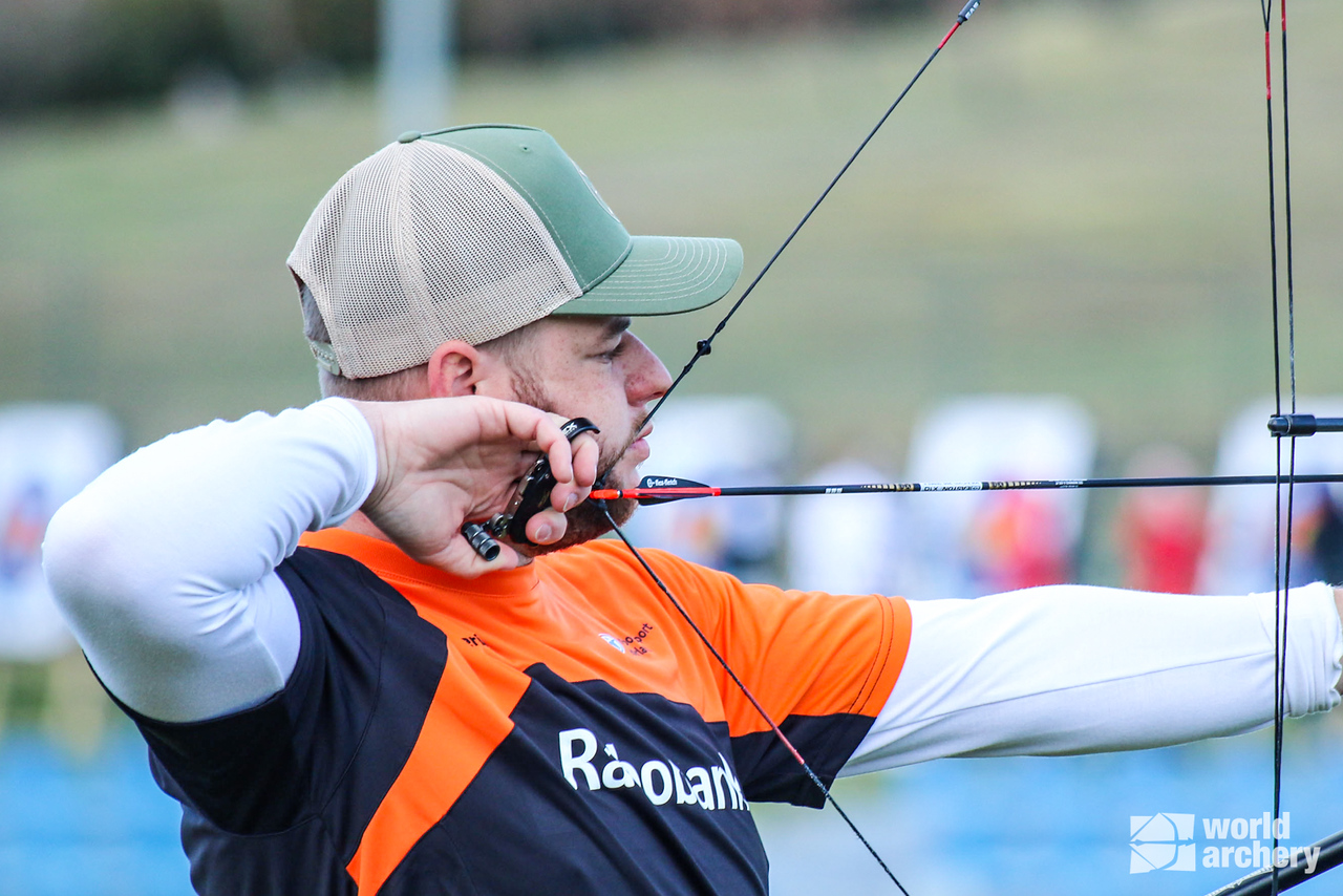 Mike Schloesser shoots during the finals of the European Grand Prix in Porec in 2021.