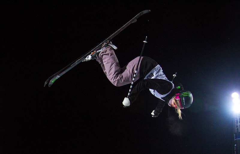 Cassie Sharpe Womens Ski Pipe.jpg