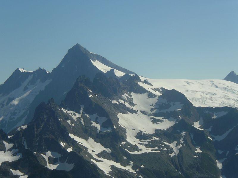 El Dorado, Inspiration Glacier to the right.