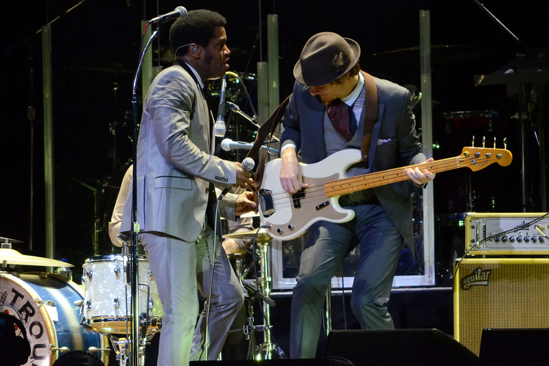 the who and vintage trouble 046.JPG