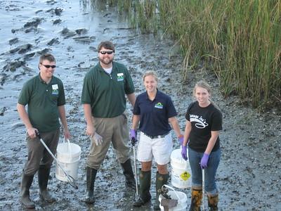 Mount Pleasant Pier cleanup 3-11-11