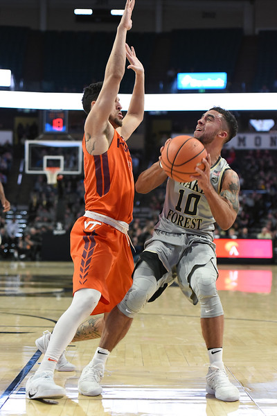 Mitch Wilbejin looks to shoot.jpg