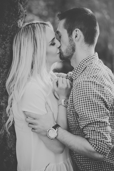 Engagement-073bw.jpg