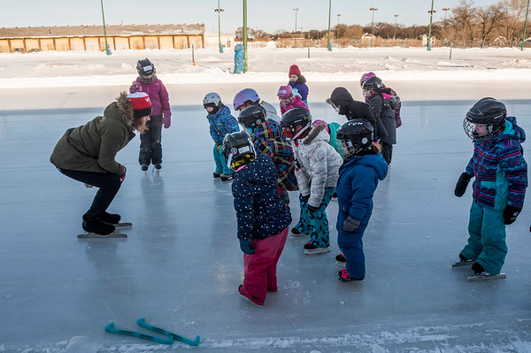 DAVID LIPNOWSKI / WINNIPEG FREE PRESS  Mary Prendergast coaches a group of girls at Strong Girls on Ice, a Manitoba Speed Skating Association event for girls ages five to 17, at the Cindy Klassen Recreation Complex Sunday January 28, 2018.