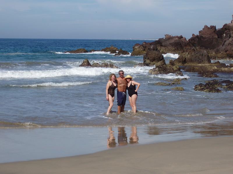 2007-12-1-0004-Las Alamandas in Jalisco, Mexico with Hahns-Private Beach-Debby-Eric-ElaineH.jpg