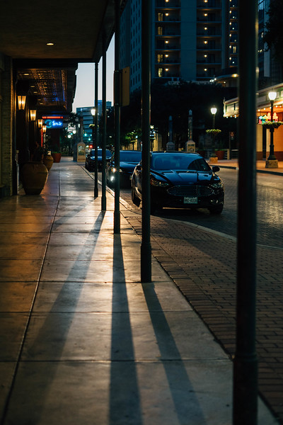 Street night shadow scene 2.jpg