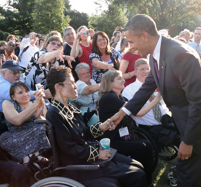 Obama greets well-wishers