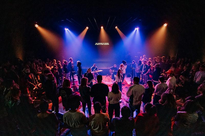2019_03_27_Midweek_Worship_8pm_TL-17.JPG