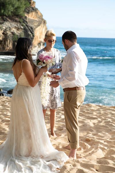 kauai wedding on shipwrecks-22.jpg