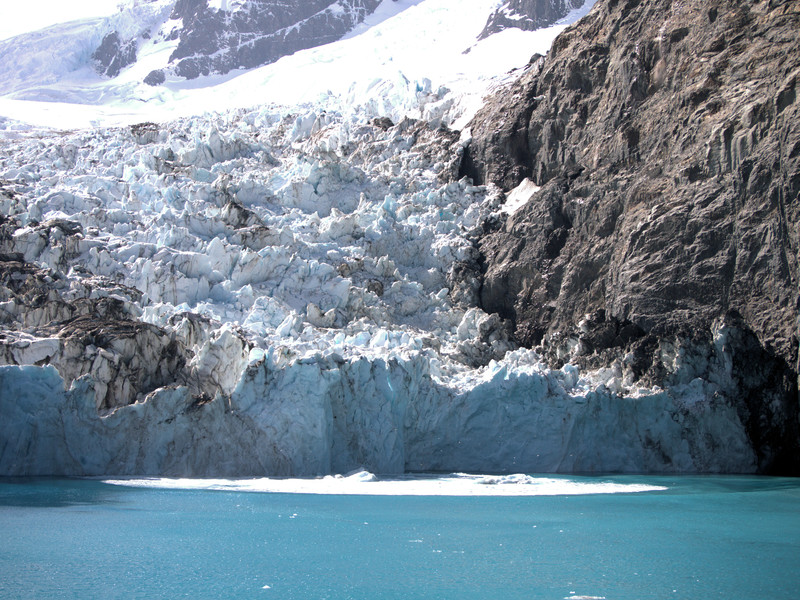 Drygalski Risling Glacier calving 4.jpg