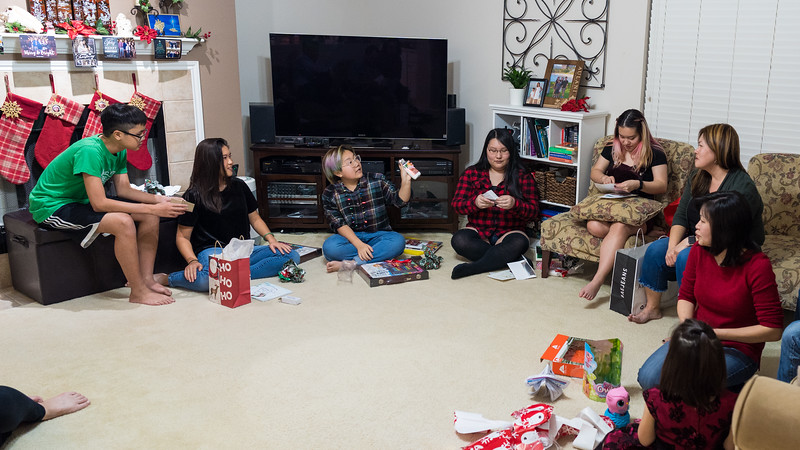 20191224_christmas-pary-vo-family_012.jpg