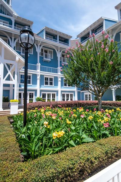 Dinsey Resorts-2-384.jpg
