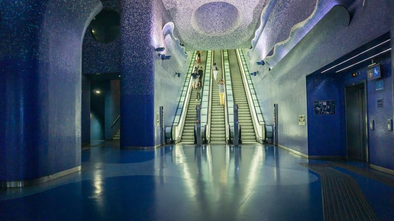 210909 - pkp - Italy Naples metro.jpg