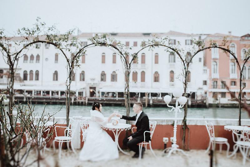 Tu-Nguyen-Destination-Wedding-Photographer-Vow-Renewal-Venice-Italy-Hochzeitsfotograf-Italien-Venedig-33.jpg